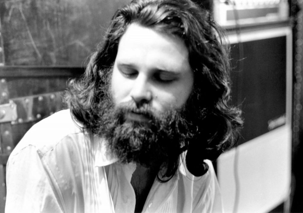 Jim Morrison fase barba junkie
