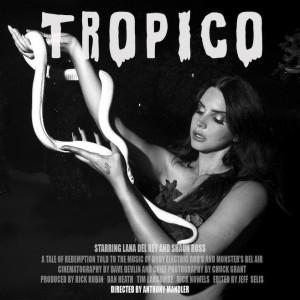 Lana e a cobra albina no cartaz de Tropico