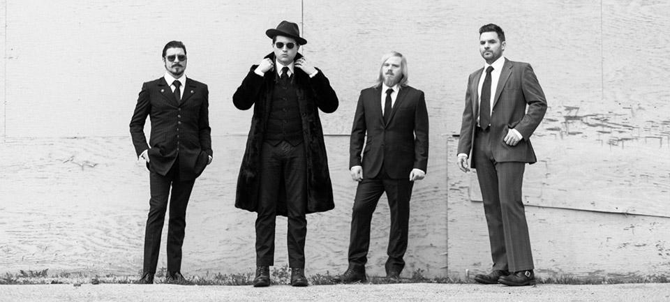 Rival Sons no super vídeo retrô de Electric Man