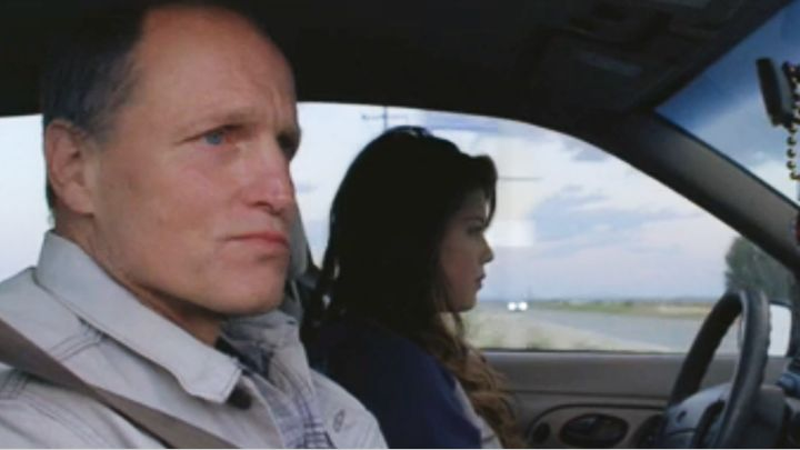 U2 com Woody Harrelson no clipe de Song for Someone