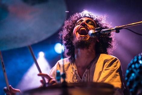 Fumaça Preta mostra o álbum Impuros Fanáticos comprovando todas expectativas