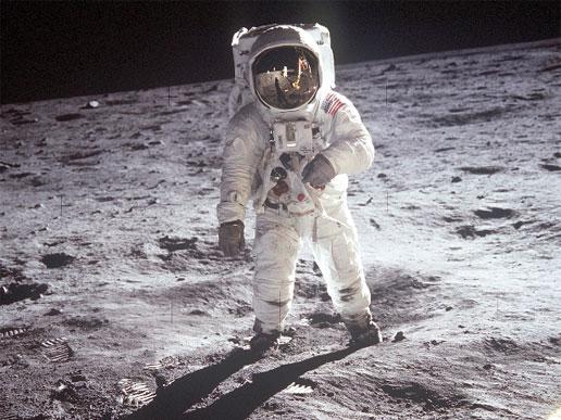 Canções do Homem e a Lua – nosso inspirador satélite