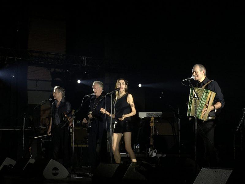 PJ Harvey em noite de glória e redenção em São Paulo
