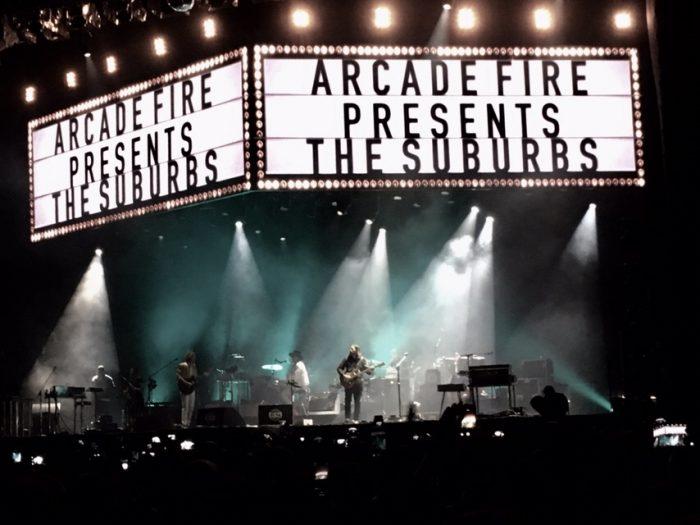 Arcade Fire encanta Sambódromo com show perfeito em Sampa