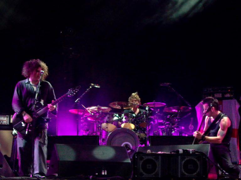 theCure 4 Life – Uma Playlist do The Cure em 40 sons comemorando os 40 anos da banda