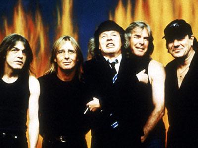 AC/DC – Warm Up