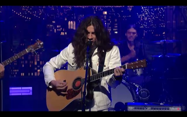 Kurt Vile & The Violators em alta voltagem ao vivo no Letterman