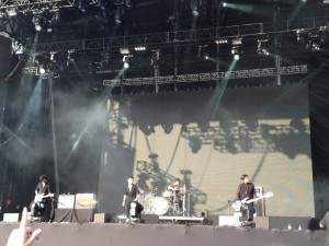 Savages no LollaBr