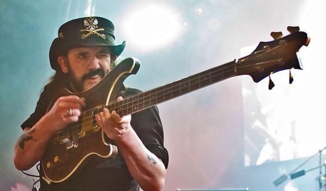 A Lenda Lemmy Kilmister em Fotos e Vídeos incríveis