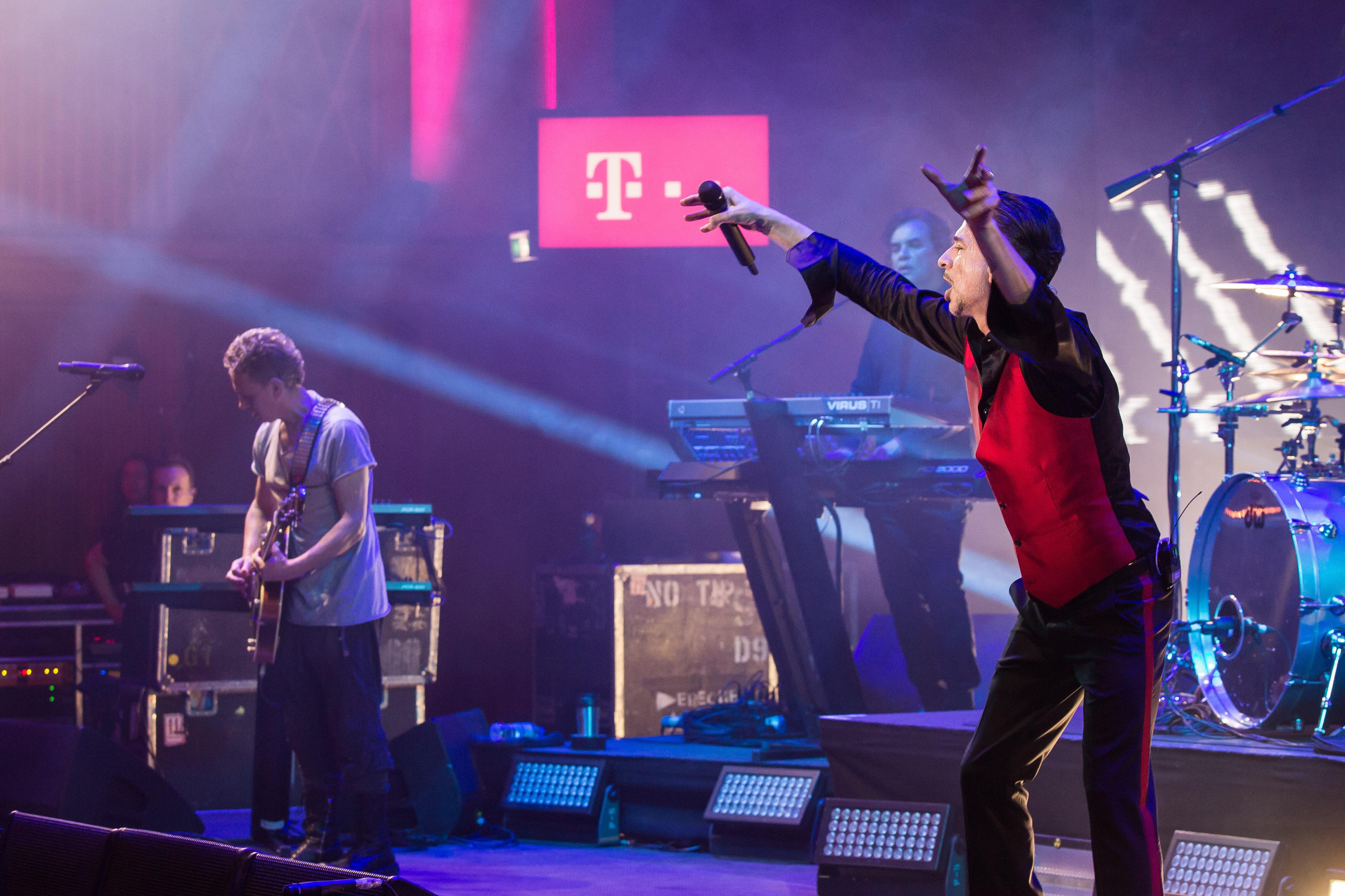 Aquecimento para o Depeche Mode em 40 fotos e playlist com cara de show :-)