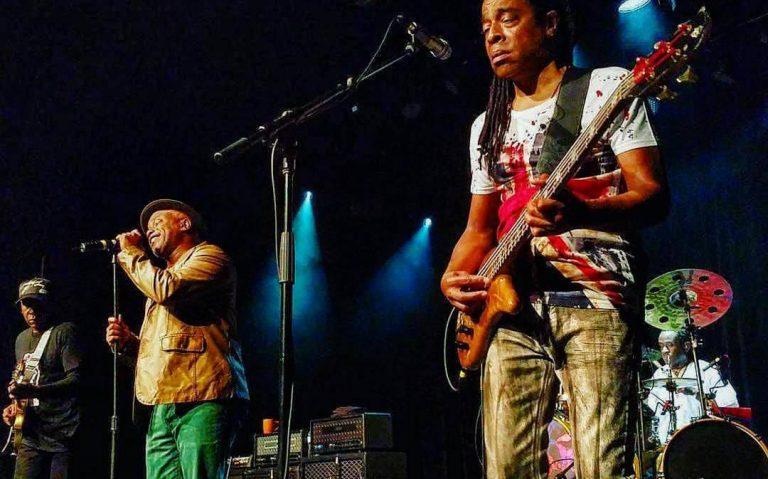 Living Colour tocando o álbum Vivid na íntegra em tour de 30 anos